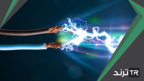 لا يستطيع الشخص الذي يقبض على سلك يسري فيه تيار كهربائي من إفلاته
