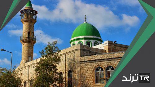 يريد مهندس بناء مسجد في الحي